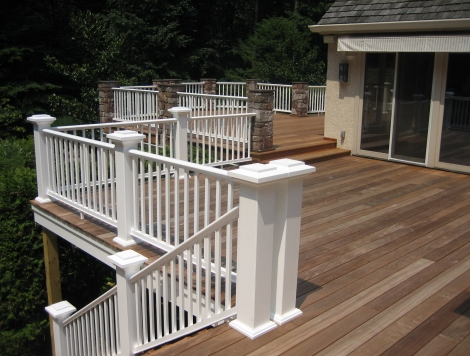 Multi-Story Deck with Stairs